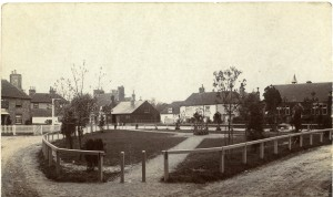 Shepherdswell Green pre the War Memorial. Note the Bell is a Leneys Inn and the forge has lost its thatch roof.